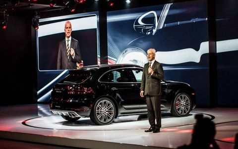 Matthias Müller introduces the Macan.