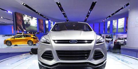 Motor vehicle, Automotive design, Land vehicle, Vehicle, Grille, Car, Automotive lighting, Auto show, Exhibition, Headlamp,