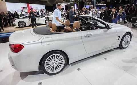 Tire, Wheel, Automotive design, Vehicle, Land vehicle, Alloy wheel, Automotive wheel system, Car, Rim, Personal luxury car,