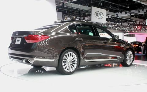Two Hyundai engines will be used: a 5.0-liter V8 or a 3.8-liter V6.