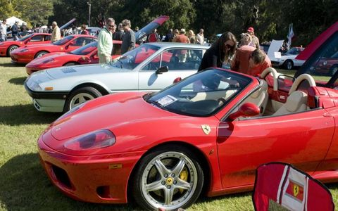 Tire, Wheel, Land vehicle, Vehicle, Automotive design, Car, Alloy wheel, Rim, Red, Performance car,