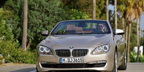 Mode of transport, Automotive design, Vehicle, Land vehicle, Automotive mirror, Grille, Infrastructure, Car, Road, Hood,