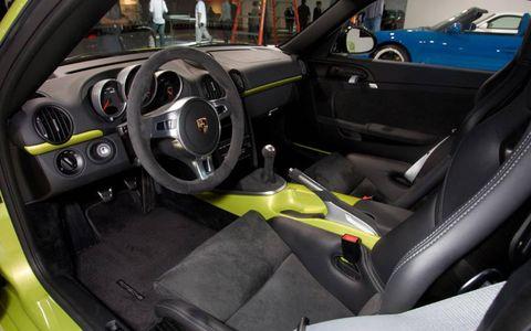 Motor vehicle, Mode of transport, Steering part, Automotive design, Vehicle, Steering wheel, Transport, Vehicle door, Gauge, Car seat,