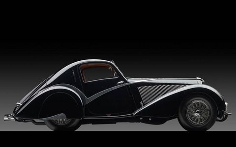 Nobody did teardrops quite like Figoni et Falaschi. This art deco stunner is a 1936 Delahaye Type 135 Competition Court coupe.