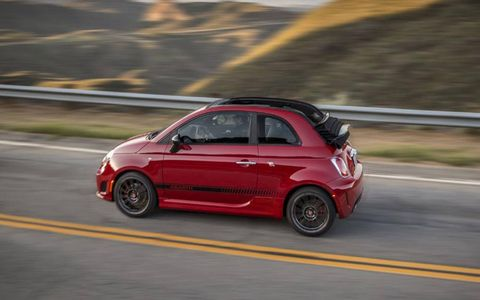 Under the hood, the 2013 Fiat 500 Abarth Convertible sports a 1.4-liter SOHC turbocharged I4 engine producing 160-hp and 170 lb-ft of torque.