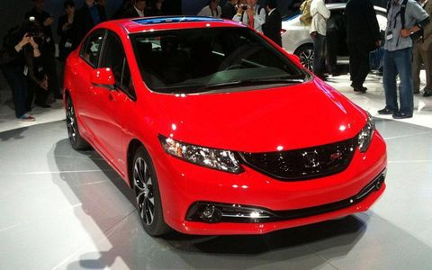 The 2013 Honda Civic, which debuted at the LA Auto Show, gets a mid-cycle refresh after the last update was met with a lukewarm public reception. The 2013 model gets a modified exterior and a substantially reworked interior.