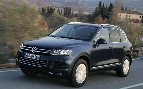 Driver's Log Gallery: 2011 Volkswagen Touareg Hybrid