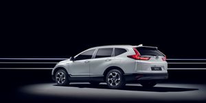 If we hadn't told you this Honda CR-V was a hybrid, would you have known? Stealth seems to be part of the electrified crossover's game plan.