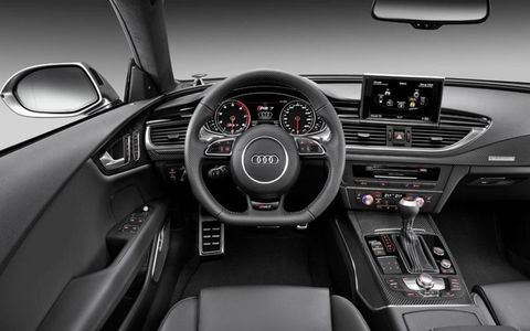 The instrument panel of the Audi RS7.