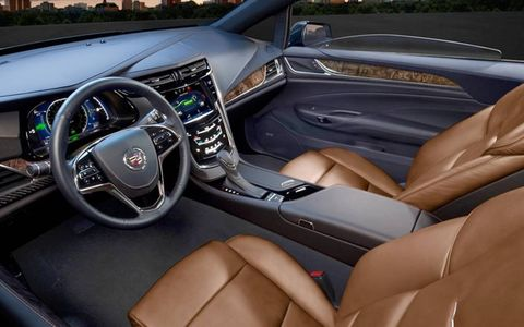 The instrument panel of the 2014 Cadillac ELR.