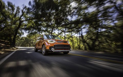 The Soul (!) Turbo uses the same powertrain as the Veloster Turbo, including the dual-clutch transmission.