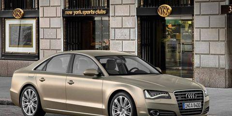 Tire, Wheel, Automotive design, Vehicle, Automotive parking light, Rim, Alloy wheel, Grille, Car, Personal luxury car,