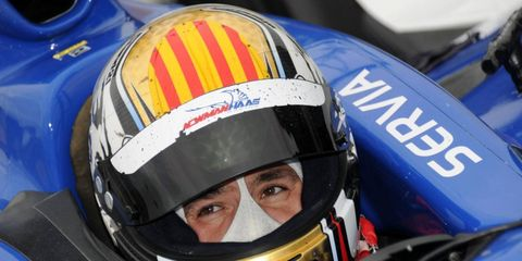 Oriol Servia, who finished fourth in the Izod IndyCar Series championship last season with Newman/Haas Racing, has signed with Dreyer & Reinbold Racing.