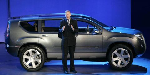 GM technology chief Tom Stephens introduces the GMC Graphyte at the Detroit auto show in 2005.