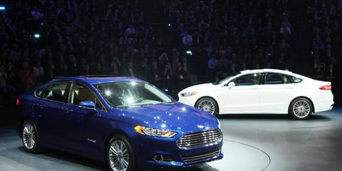 The redesigned 2013 Ford Fusion is the Autoweek Editors' Choice for Best in Show at the Detroit auto show.