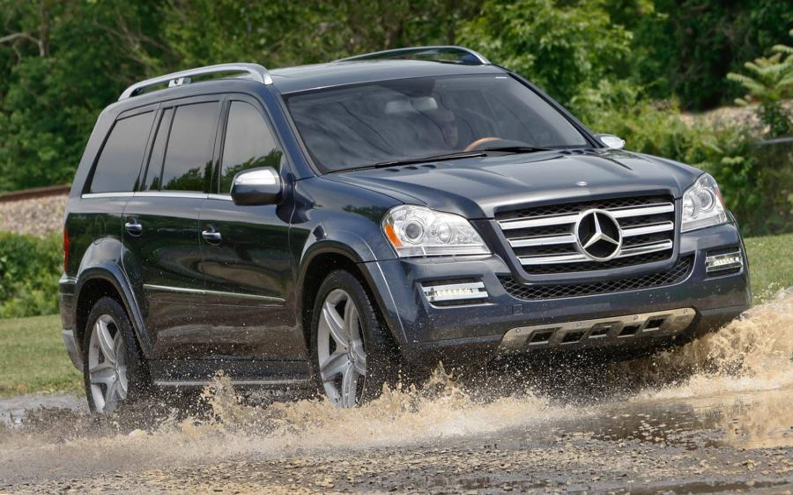 2012 Mercedes Benz Gl550 4matic Review Notes Exactly What A Mercedes Suv Should Be