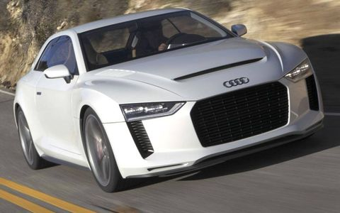 Tire, Automotive design, Mode of transport, Vehicle, Land vehicle, Grille, Car, White, Supercar, Rim,