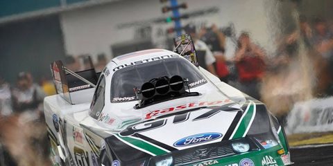 Mike Neff led first-day qualifying among the Funny Cars in Gainesville, Fla. on Friday.