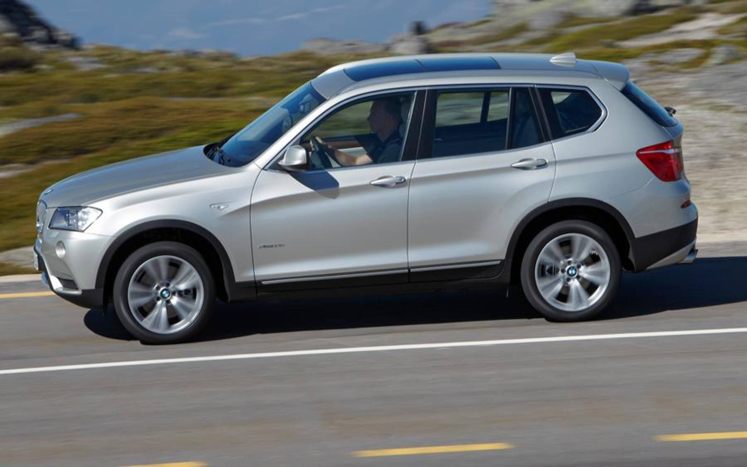 2012 Bmw X3 Xdrive 28i Review Notes Certainly Improved But We Still Don T Like Run Flat Tires