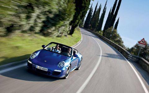 Road, Mode of transport, Automotive design, Transport, Infrastructure, Road surface, Asphalt, Automotive parking light, Car, Automotive lighting,