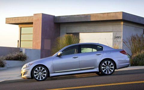 The 2012 Hyundai Genesis 5.0 R-Spec