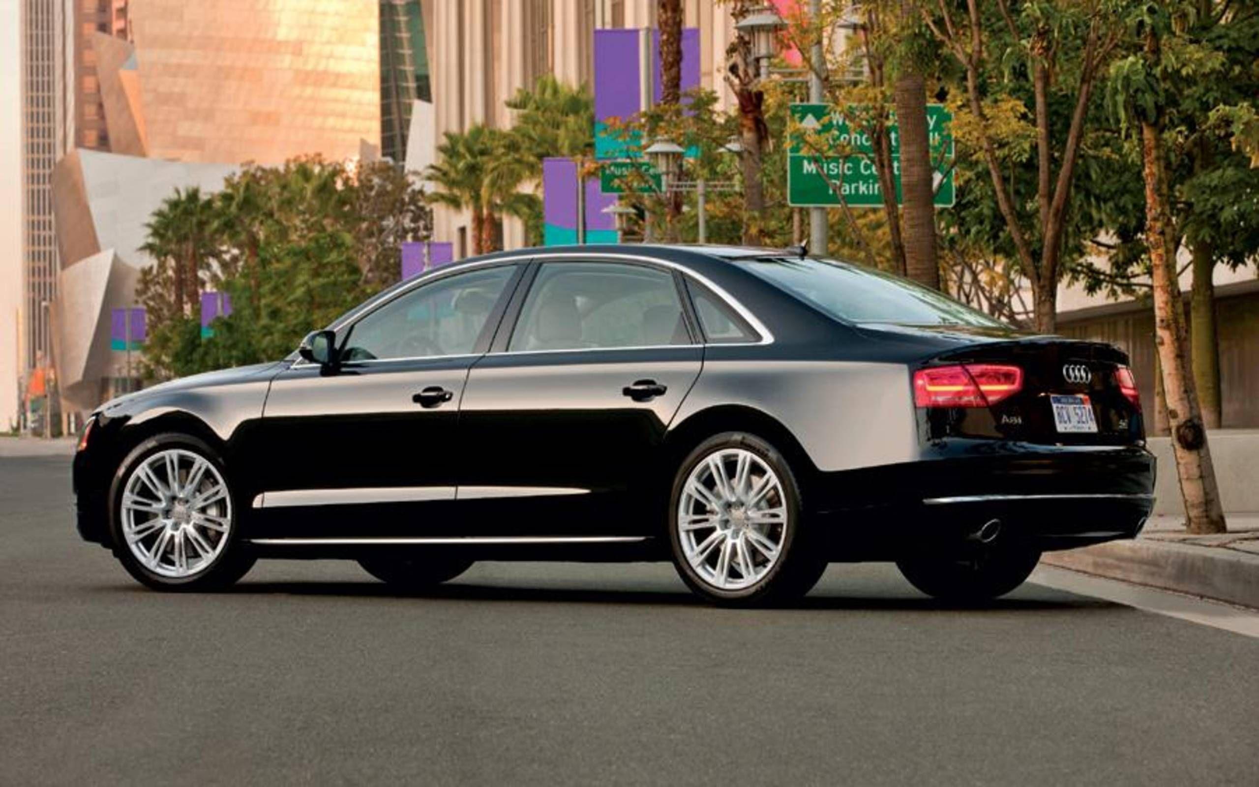 Kekurangan Audi A8 2012 Perbandingan Harga