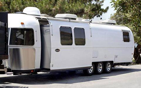 An exterior shot of the trailer.