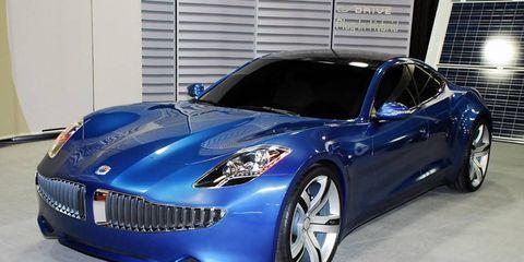 Automotive design, Blue, Vehicle, Land vehicle, Car, Automotive lighting, Hood, Headlamp, Performance car, Supercar,