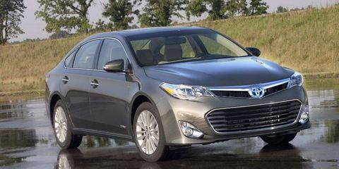 Motor vehicle, Tire, Wheel, Mode of transport, Vehicle, Product, Transport, Land vehicle, Automotive design, Headlamp,