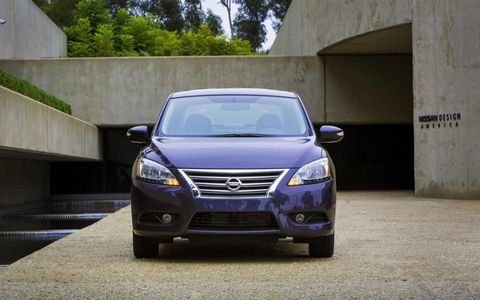 The 2013 Nissan Sentra SL has six available trim packages including the S, FE+S, SV, FE+SV, SR and the SL.