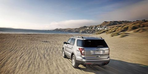 The 2013 Ford Explorer Limited  puts the power to the pavement with a six-speed automatic transmission.