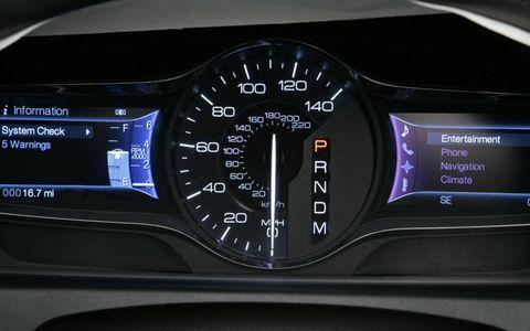 Transport, Gauge, Speedometer, Display device, Luxury vehicle, Measuring instrument, Trip computer, Tachometer, Machine, Personal luxury car,