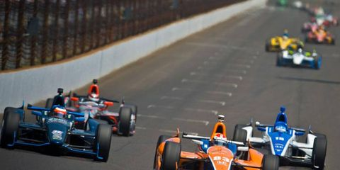 IndyCar lacks a leader and a clear plan for the future, say some observers of the sport.