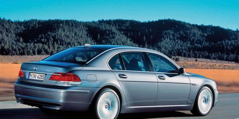 A problem with BMW's electric key system leaves some 7-series sedans from the 2005-2008 model year range vulnerable to rollaways while parked.