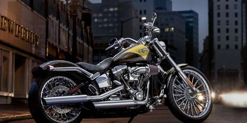 The 2013 Harley-Davidson CVO Breakout is no sportbike, but if you're looking for a cruiser happiest below 70 mph, the show-quality two-wheeler could be perfect for you.