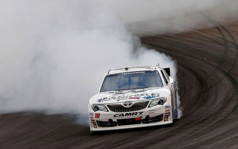 Joey Logano won the Nationwide Series race at Phoenix on Saturday.