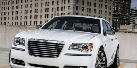 Chrysler is offering up to $5,500 cash back to buyers of select 2012 Chrysler 300 models.