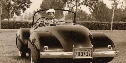 Paul Omohundro in the 1947 Kurtis-Omohundro Comet.