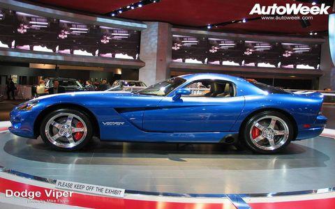 Tire, Wheel, Automotive design, Automotive tire, Vehicle, Alloy wheel, Automotive wheel system, Rim, Performance car, Car,