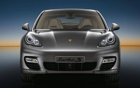 Head-on view of the Porsche Panamera Turbo S