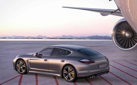 Side view of the Panamera Turbo S