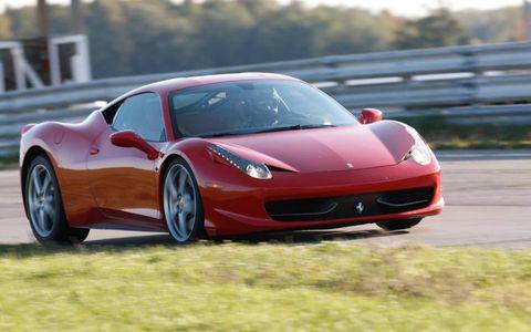 Automotive design, Mode of transport, Vehicle, Transport, Car, Rim, Performance car, Headlamp, Supercar, Sports car,