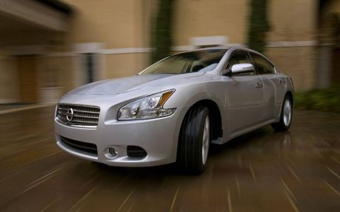 Driver's Log Gallery: 2011 Nissan Maxima