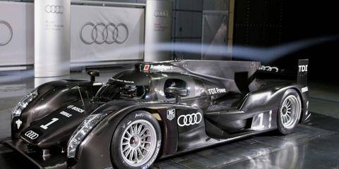 Tire, Wheel, Automotive design, Mode of transport, Automotive tire, Automotive wheel system, Rim, Car, Fender, Alloy wheel,