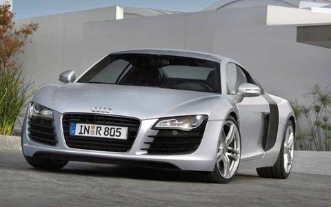 Mode of transport, Automotive design, Vehicle, Automotive mirror, Car, Automotive lighting, Rim, Grille, Personal luxury car, Audi,