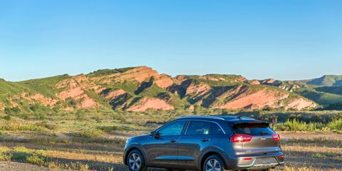 The 2018 Kia Niro PHEV has a total system output of 139 hp and 195 lb-ft using a 1.6-liter four-cylinder and an electric motor.