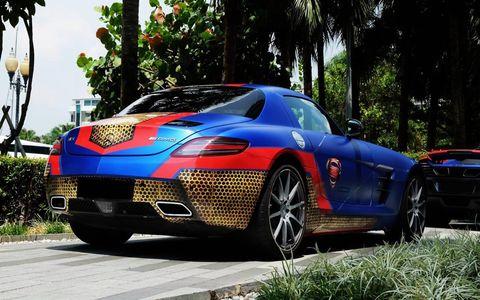 Mercedes SLS AMG - Superman design