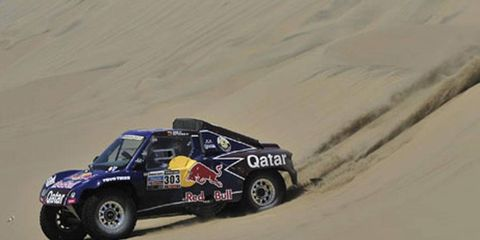 Carlos Sainz started in first place, but was unable to keep the top spot. Technical problems pushed him to fifth in Dakar.
