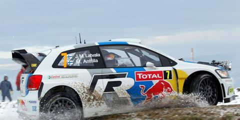 Jari-Matti Latvala charges through the snow in his Volkswagen Polo R WRC on Wednesday.
