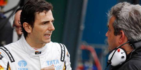 Spaniard Pedro de la Rosa, who drove for HRT in Formula One in 2012, has signed on to be a development driver for Ferrari.